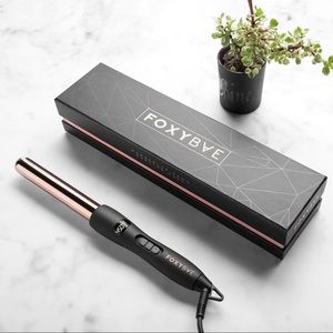 Accessories - Foxybae rose gold curling wand